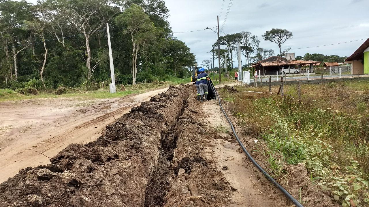 Extensão de rede beneficia ruas das praias do Ervino e Gamboa